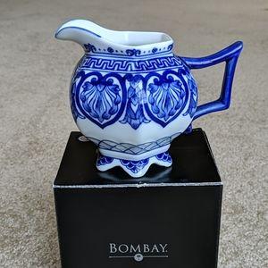 Bombay Adelaide creamer